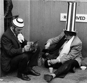 Toon fans, 1974 - great hat!