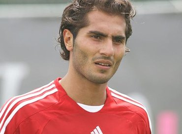 On a free, from Germany, Hamit Altintop?