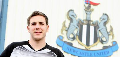 Dan Gosling - Newcastle new boy.