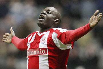 Abdoulaye Faye returns to his former club.