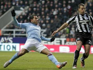 Tevez makes it two!