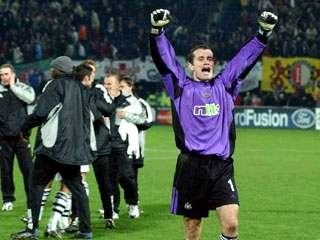 Shay Given v Feyenoord - 2002.