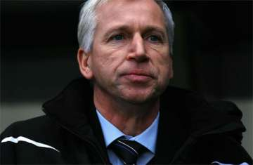 Pardew: One more striker he thinks.