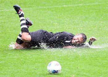 Newcastle v Fiorentina