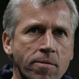 Alan Pardew talks about the Barton Twitter outbursts.