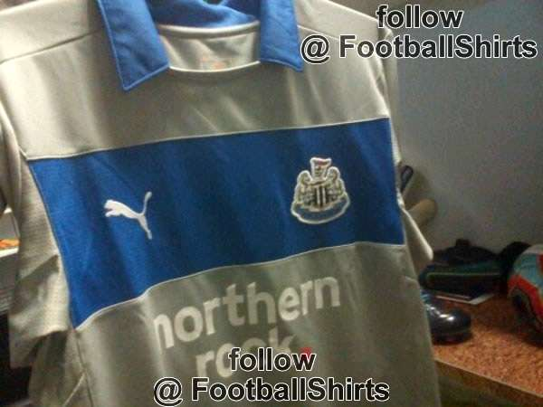 Newcastle United goalkeeper shirt 1 - 2012-13.