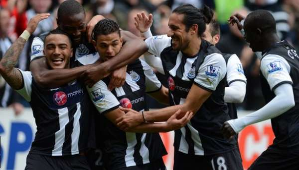 Newcastle United - Ben Arfa scores.