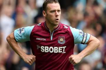 Kevin Nolan - Chicken dance.