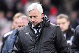 A disappointed Pardew.