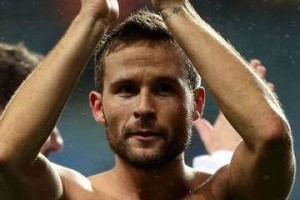 Yohan Cabaye shirtless.