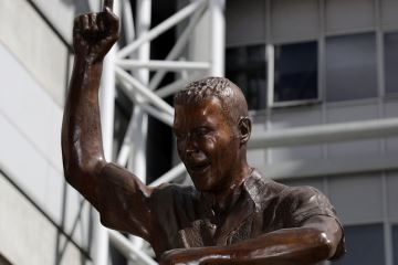 Alan Shearer statue