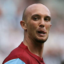 Stephen Ireland signs on loan to Newcastle United
