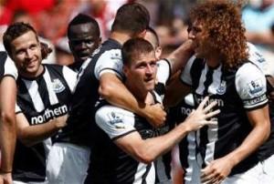 Ryan Taylor celebrates goal v Sunderland.